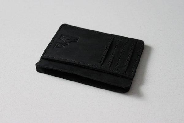 Неповторимый черный картхолдер BNZ-2358
