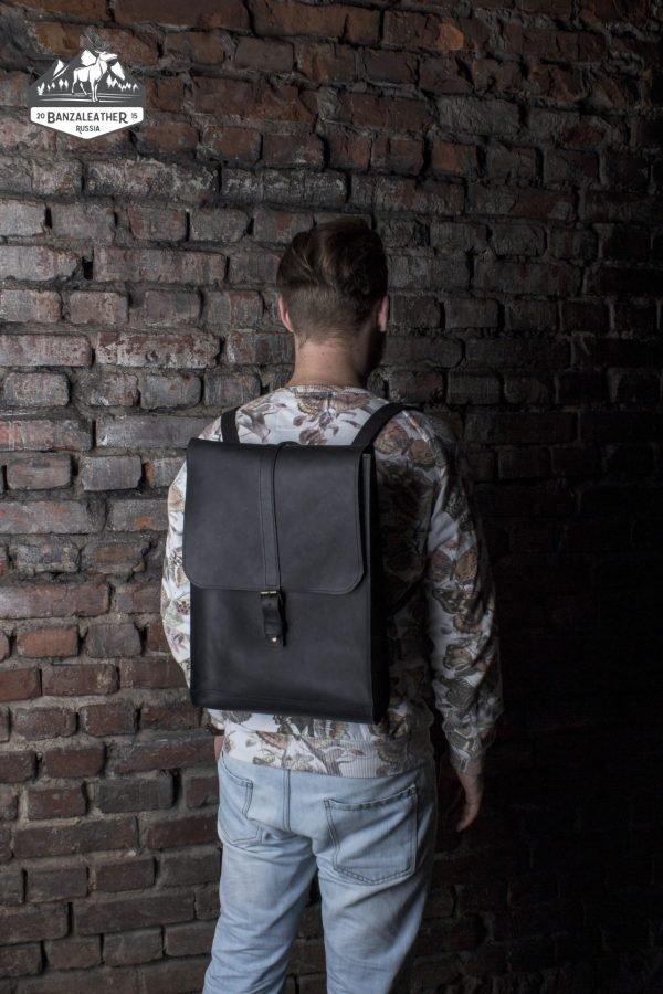 Функциональный черный рюкзак BNZ-481