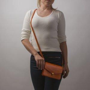 Кожаная оранжевая женская сумка на пояс ATS-2235 215603
