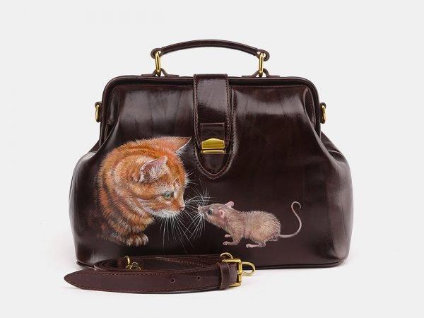 Кожаная коричневая сумка с росписью ATS-3695
