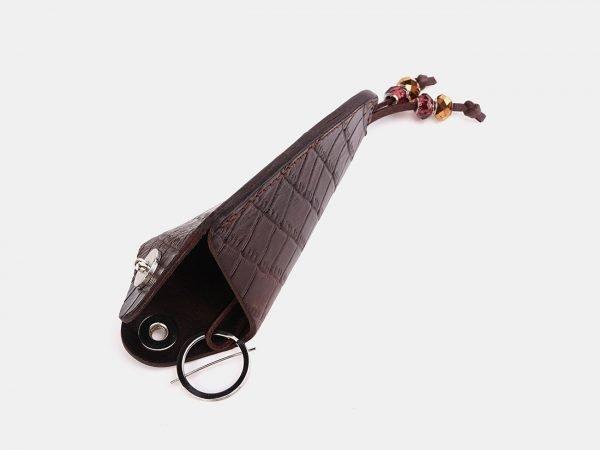 Удобная коричневая ключница ATS-3733