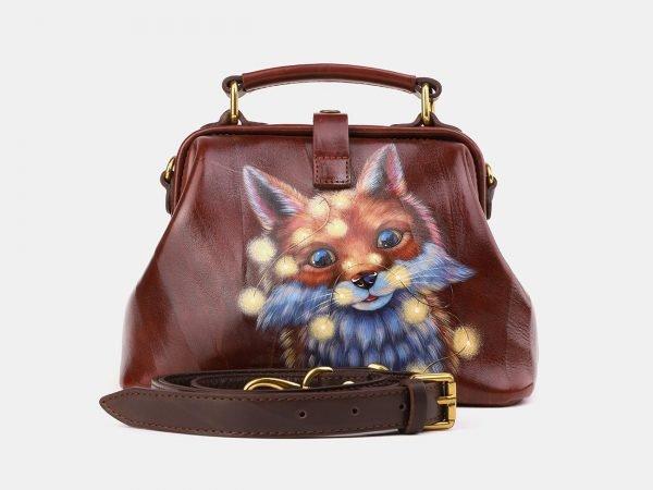 Неповторимая светло-коричневая сумка с росписью ATS-3920