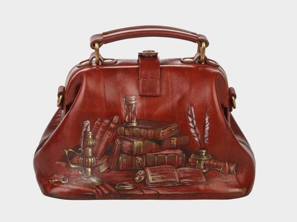 Функциональная светло-коричневая сумка с росписью ATS-1409