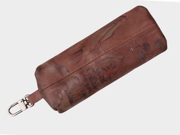 Удобный коричневый аксессуар с росписью ATS-1549