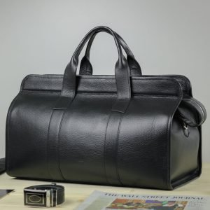 Кожаный черный дорожный саквояж BRL-30867