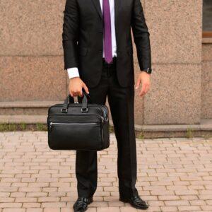 Неповторимый черный мужской портфель рюкзак BRL-34132