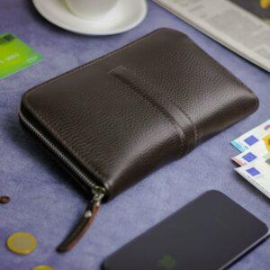 Уникальный коричневый мужской портмоне клатч BRL-26760 228475