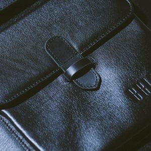 Деловая черная мужская сумка мессенджер BRL-1025