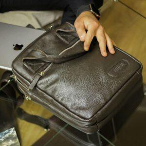 Вместительная коричневая мужская сумка через плечо BRL-13000