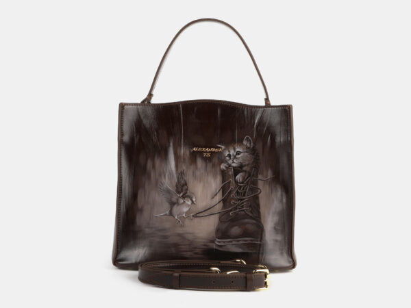 Вместительная коричневая сумка с росписью ATS-4180