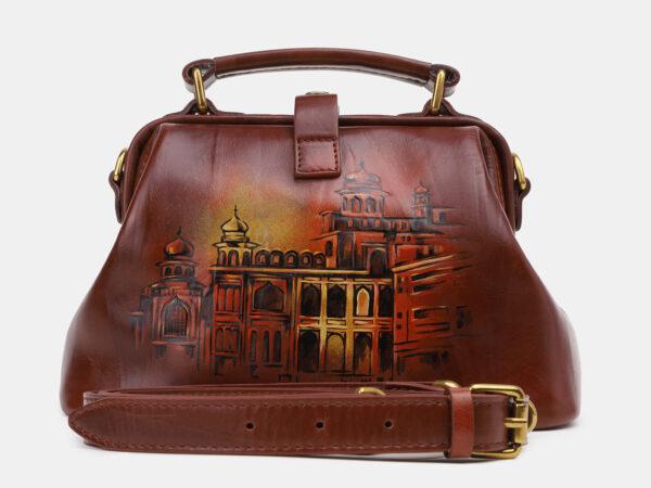 Неповторимая светло-коричневая сумка с росписью ATS-5431